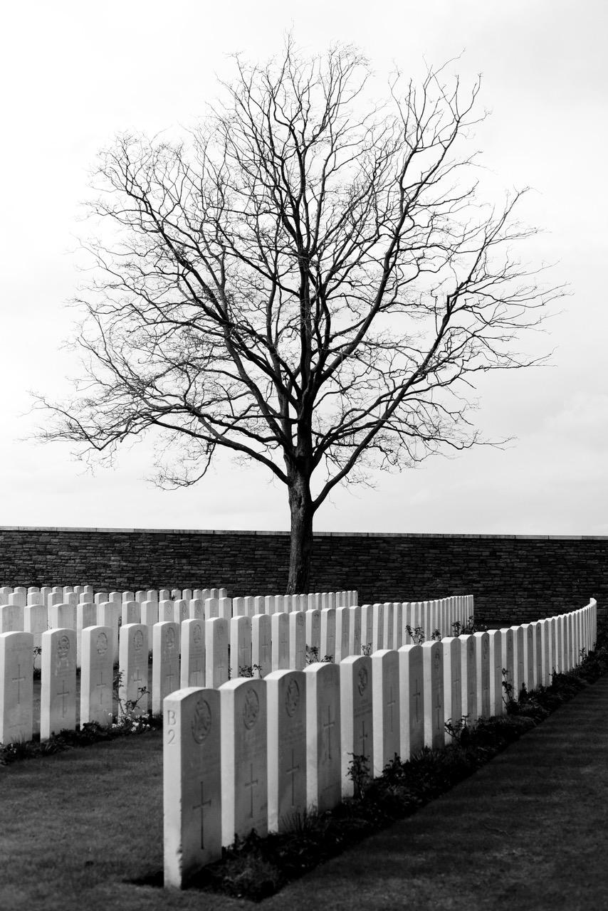 Militaire graven vlakbij Ieper